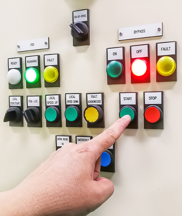 hand-holding-control-panel-industrial-plant-pushing-turning-button-electrical-selector-switch-button-switch-motor-control-center-cabinet-(1)